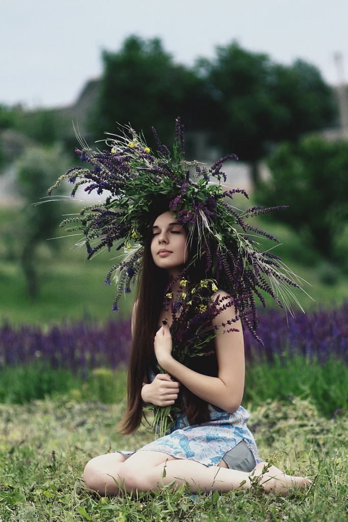 Head piece flowers